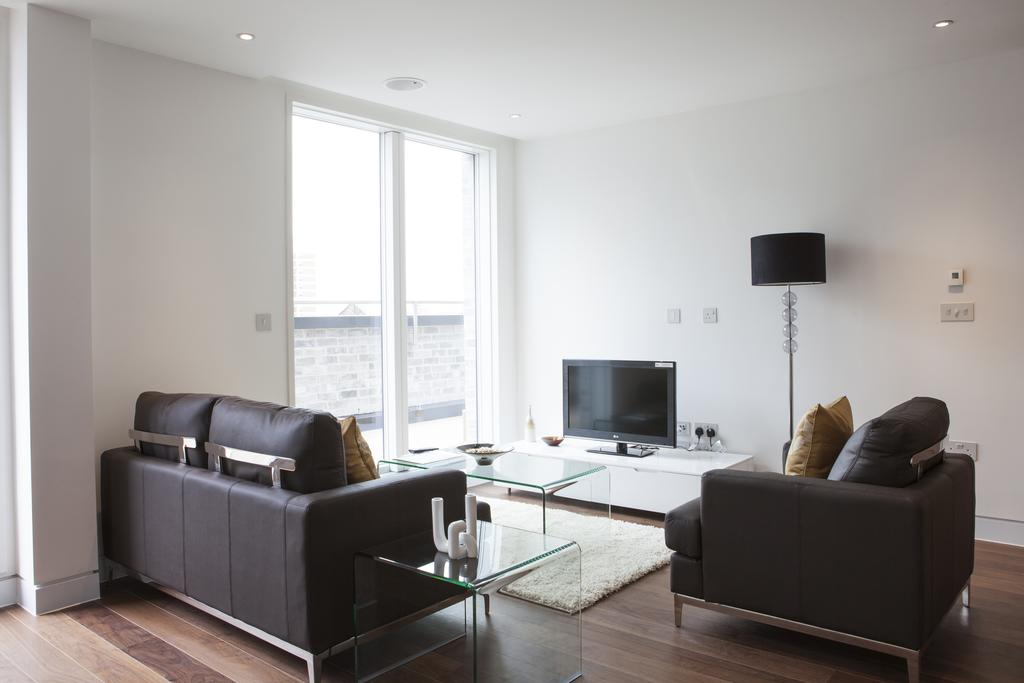 Looking-for-affordable-accommodation-in-the-City?-why-not-book-our-lovely-Old-Street-Corporate-Accommodation.-Call-us-today-for-great-rates.