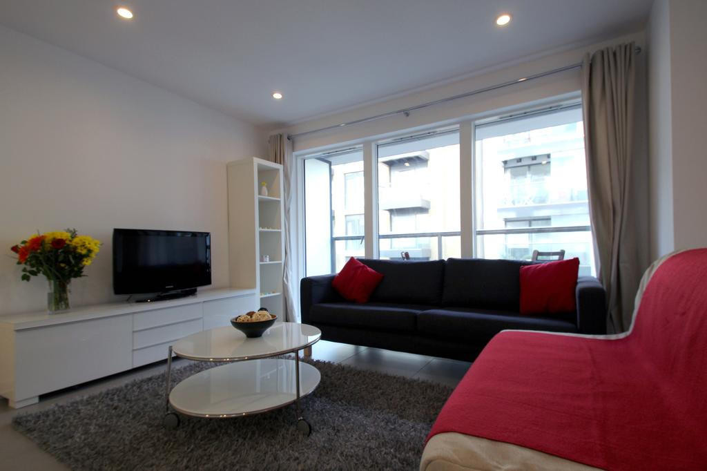 Looking-for-affordable-apartments-in-the-City?-why-not-book-our-City-Corporate-Apartments-on-Pear-Street.-Call-today-for-great-rates.