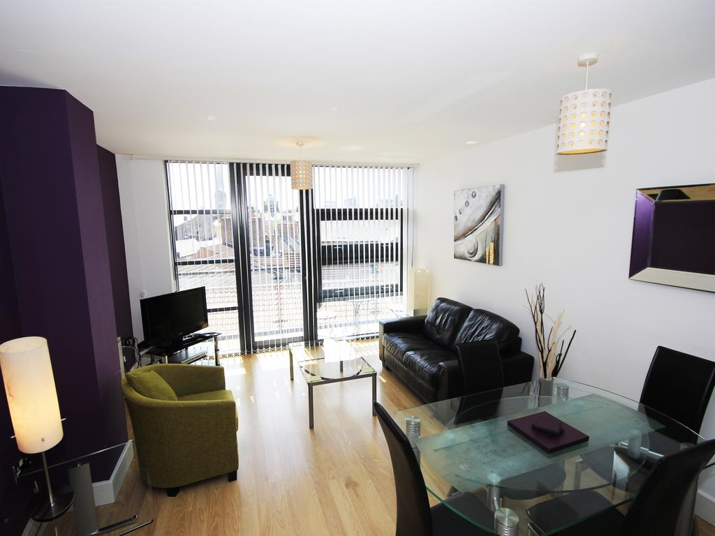Serviced-Accommodation-Newcastle---Friarsgate-Apartments-|-Urban-Stay