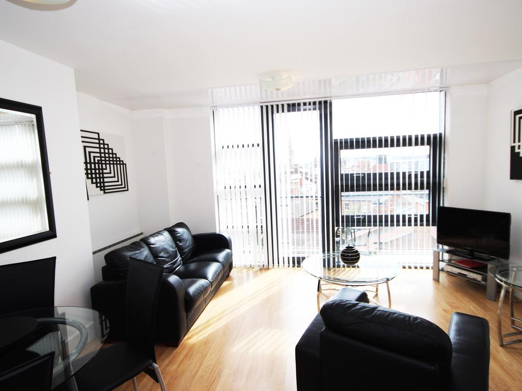 Serviced-Accommodation-Newcastle-Uk-Short-Let-Central-Apartments-Near-Newastle-United-Stadium-For-Short-Lets-&-Relocation-Urban-Stay