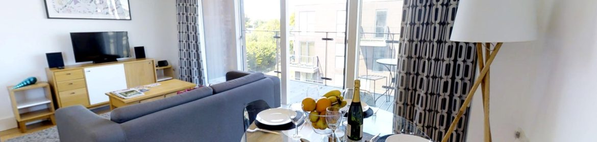 Serviced Accommodation Cambridge available for Short Lets Now! Book Urban Stay's Luxury Penthouse near Cambridge University! Free Cleaning, Wifi & Parking! | Urban Stay