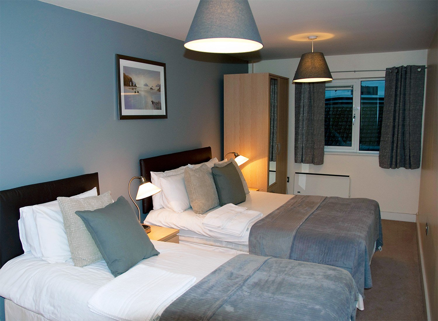 Looking-for-Corporate-Short-Let-Apartments-in-East-Midlands?-Book-Serviced-Accommodation-Leicester-UK-Now-for-low-rates---cheaper-than-a-Hotel-+-Free-Wifi!-Urban-Stay