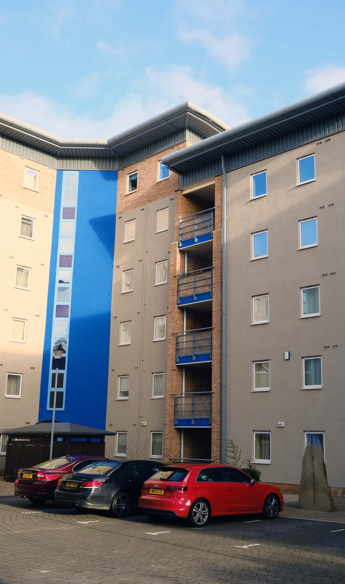 Short-Let-Accommodation-Newcastle-UK-available-Now!-Book-Serviced-Apartments-in-North-England-today-at-cheaper-than-a-Hotel!-Parking,-Wifi,-All-bills-incl!-Urban-Stay