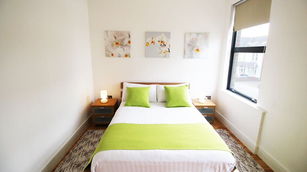 Looking-for-affordable-apartments-within-easy-commute-to-London?-why-not-book-our-Croydon-Corporate-Apartments-at-Park-Lane.-Call-today-for-great-rates.