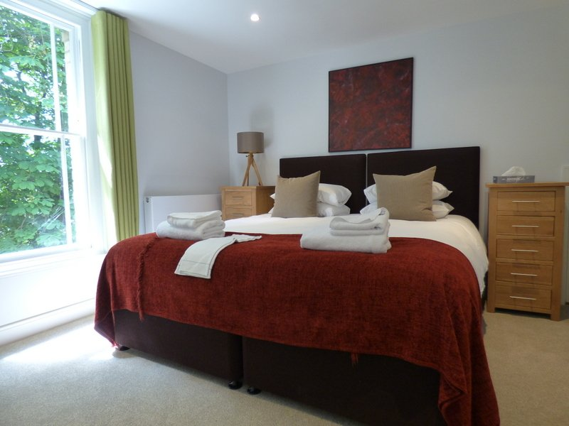 Looking-for-affordable-accommodation-in-Cambridge?-why-not-book-our-Mill-Road-Apartments-at-Jubilee-House?-call-today-for-great-rates.