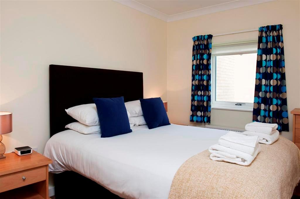 Looking-for-affordable-accommodation-in-Cambridge?-why-not-book-our-lovely-Cambridge-Corporate-Accommodation-today.-Call-now-for-great-rates.`