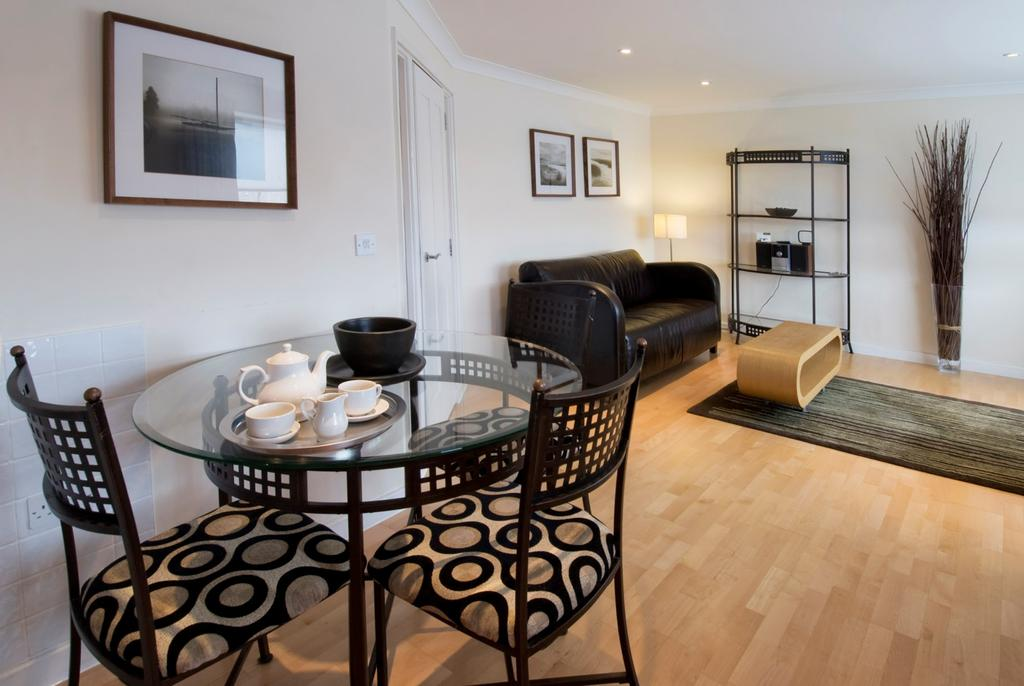 Looking-for-affordable-accommodation-in-Cambridge?-why-not-book-our-lovely-Cambridge-Corporate-Accommodation-today.-Call-now-for-great-rates.