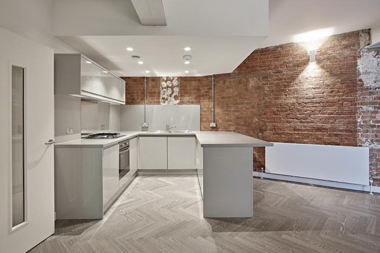 Bath-Street-Apartments--Shoreditch-London- -Modern-and-Chic- -Free-Wifi- -Flat-Screen-TV- -Lift-Access- 0208-6913920 -Urban-Stay