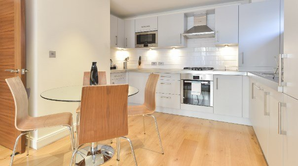 Serviced-Accommodation-located-in-the-heart-of-Barbican,-London-available-now!-Free-Wifi-&-Maidservice-available,-Book-Now-for-the-best-rates!-0208-6913920