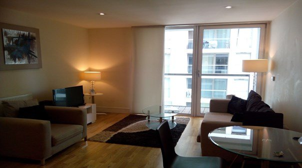 Canary-Wharf-Executive-Apartments-London-|-Modern-&-Affordable-Apartments-|-Free-Wifi-|-24/7-Emergency-Support-|0208-6913920|-Urban-Stay