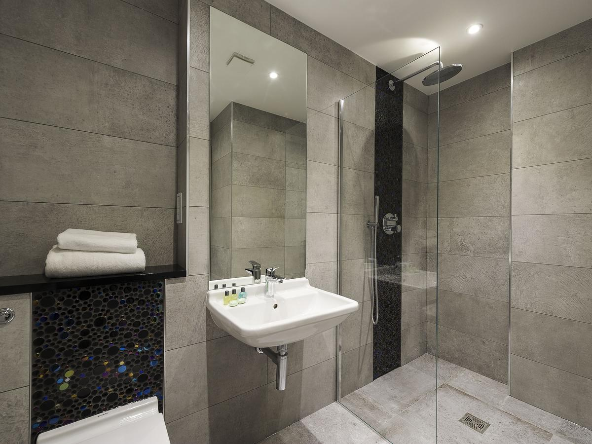 Luxury-Serviced-Aparthotel-London-Bridge,-London-available-now!-Apartments-with-Free-Wifi,-Weekly-Maid-Service-&-Car-Parking-Available!-Book-Now!