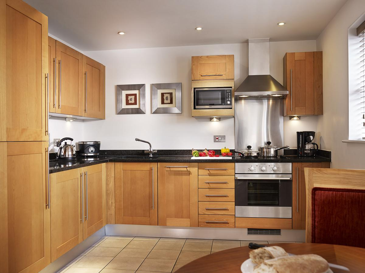 Limehouse-Serviced-Accommodation---London-available-now-|-Free-Wifi-|-Digital-TV-|-Fully-Equipped-Kitchen-|0208-6913920|-Urban-Stay