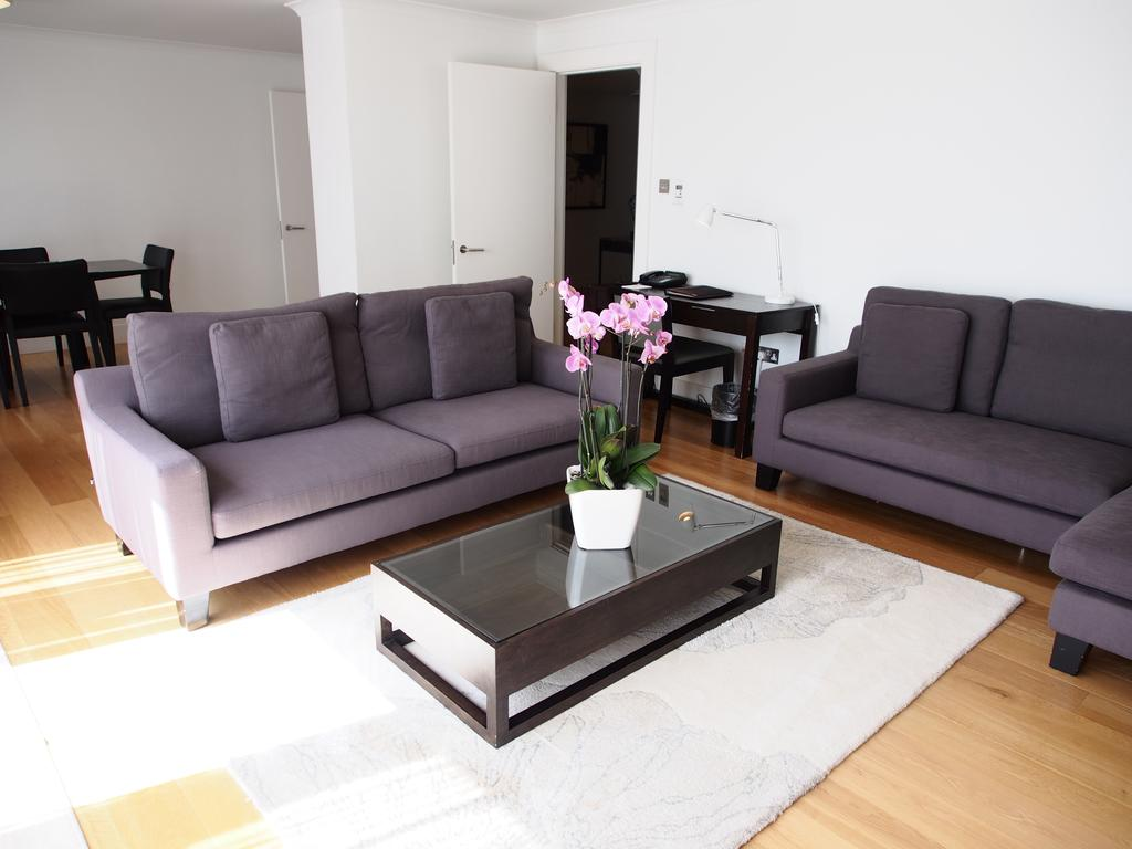 Kensington-Serviced-Apartments- -Stylish-Monarch-House- -Free-Wi-Fi- -24-hr-Air-Con- -Fully-Equipped-Kitchen- -Lift- -0208-6913920 -Urban-Stay
