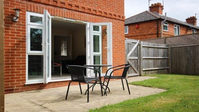 Luxury-Berkshire-Accommodation-located-in-Newbury,-UK--Special-Offer-on-St.-Michaels-House-Accommodation- -Free-Wifi-and-Complimentary-Parking!-Book-Now!