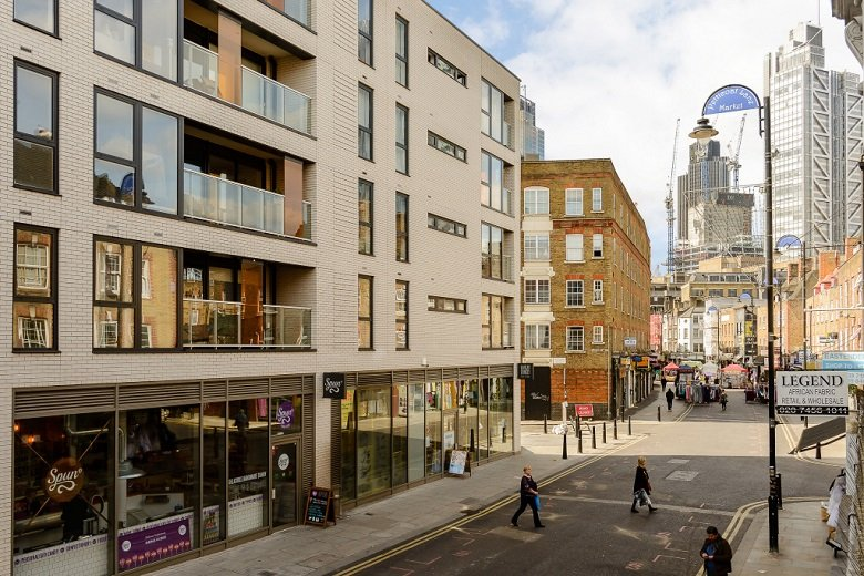 Short-Let-Accommodation-Aldgate-available-now!-Book-cheap-and-stylish-short-lets-in-London-with-Free-Wi-Fi,-Fully-Equipped-Kitchen-&-Lift.-Book-Now!