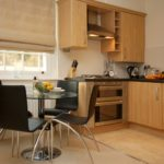 Serviced Aparthotel Reading, Berkshire available NOW! Book Luxury Corporate Apartments in Reading today! Free Wifi, On-site parking and weekly housekeeping