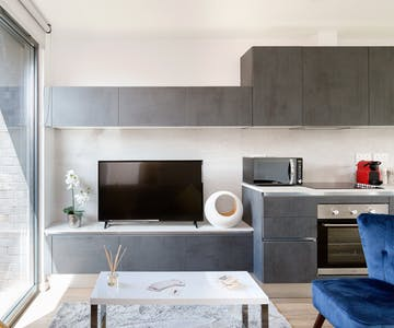 Camden-Corporate-Apartments,-London,-UK---Cosmos-Apartments-Camden,-Available-now!-Book-Luxurious-accommodation-with-beautiful-interior-|-Urban-Stay