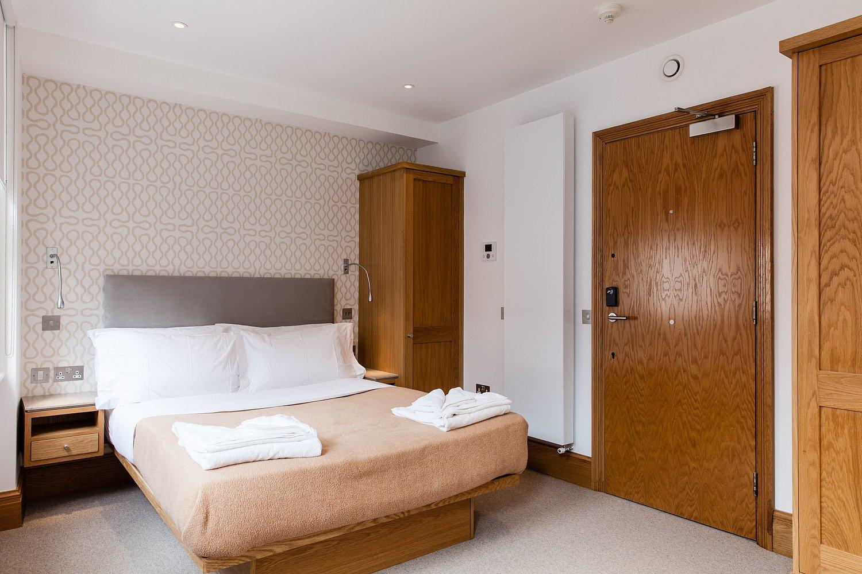Holborn Serviced Accommodation Central London Available NOW! Book Luxury Accommodation near Holborn, London + Maid Service & Breakfast