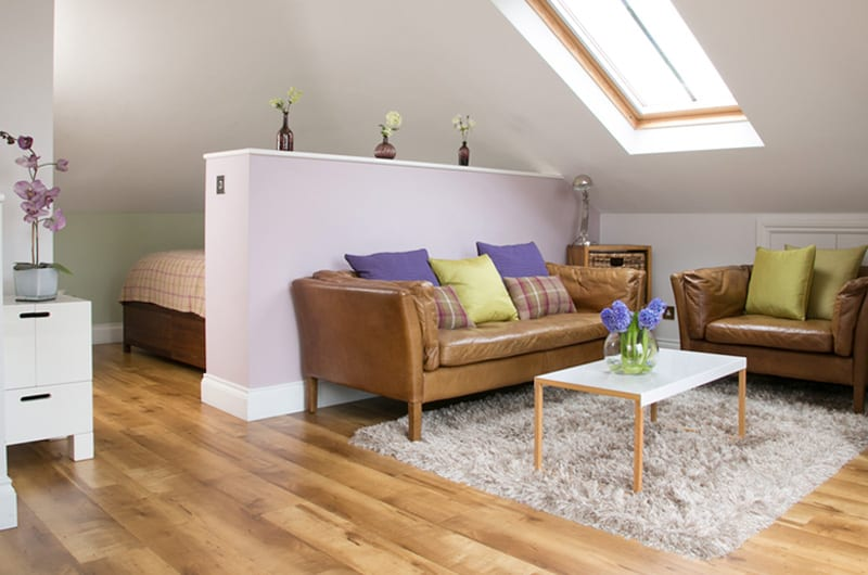 Luxury-Serviced-Duplex,-London,-UK--The-Penthouse-Accommodation!-Free-Wifi,-and-Private-Terrace,-BOOK-NOW-on-+44-208-691-3920-for-best-discounted-rates!