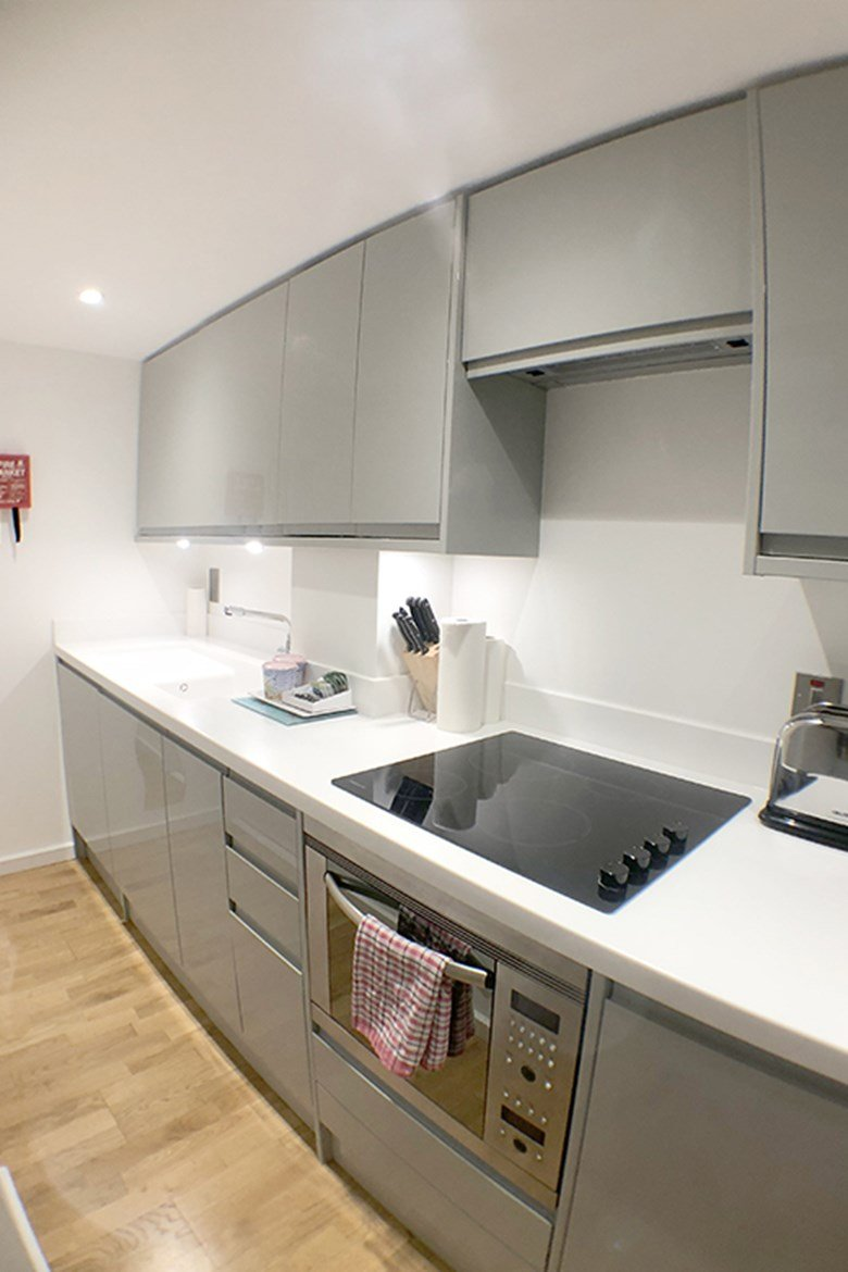 Serviced-Accommodation-St-Paul's,-London,-UK---Ludgate-Square-Apartments-available-now!-Book-Your-Cheap-Short-Let-Apartments-with-Free-Wifi