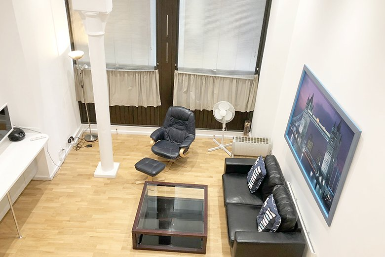Serviced Accommodation St Paul's, London, UK - Ludgate Square Apartments available now! Book Your Cheap Short Let Apartments with Free Wifi