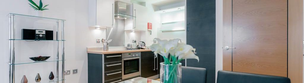 Guildford Serviced Accommodation - Abbots Yard Apartments | Urban Stay