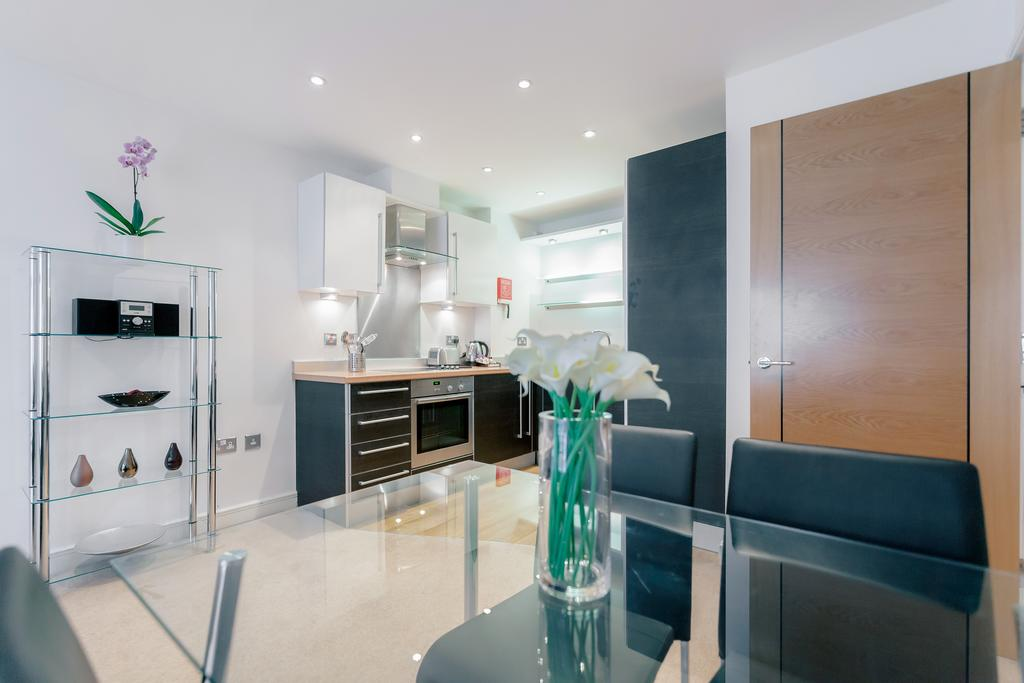 Guildford-Serviced-Accommodation---Abbots-Yard-Apartments-|-Urban-Stay