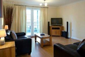 short-stay-accommodation-newbury-stephenson-court