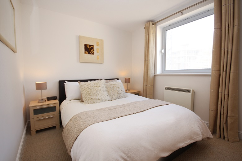 Furnished-Apartments-Bracknell-offers-affordable-&-stylish-accommodation-with-Free-Wi-Fi,-Modern-amenities-&-spacious-living-area-in-the-heart-of-Berkshire