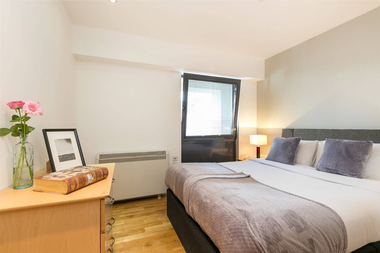 Serviced-Apartments-Maida-Vale,-London---Maida-Vale-Aparthotel-I-Free-Wifi-and-Weekly-Housekeeping,-BOOK-NOW-+44-208-691-3920-for-the-Best-Discounted-Rates!