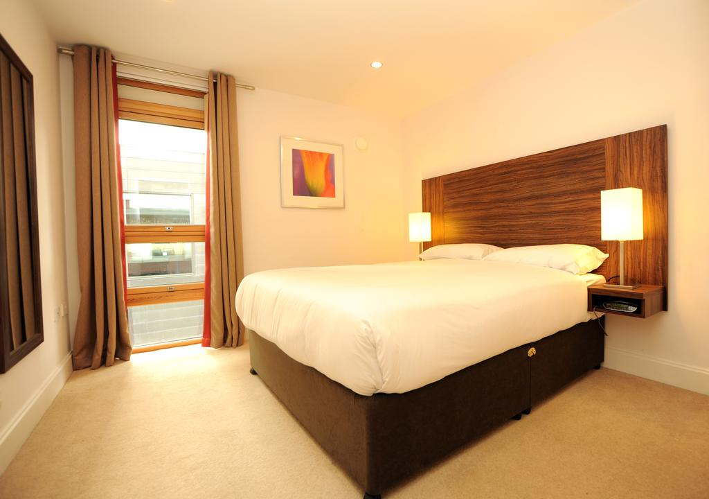 Bristol-Serviced-Accommodation---Cabot-Circus-Serviced-Apartments-UK---Corporate-Short-Lets---Urban-Stay-3
