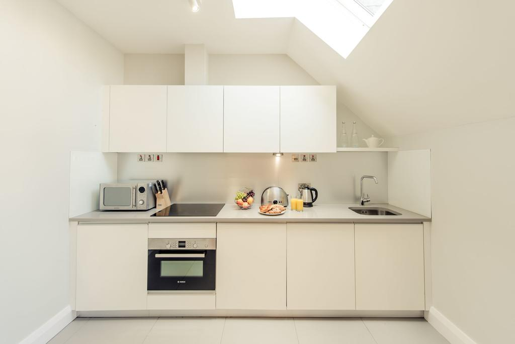 Reading-Aparthotel-Berkshire---Minster-Court-Serviced-Apartments-Central-ReadinUK---Urban-Stay