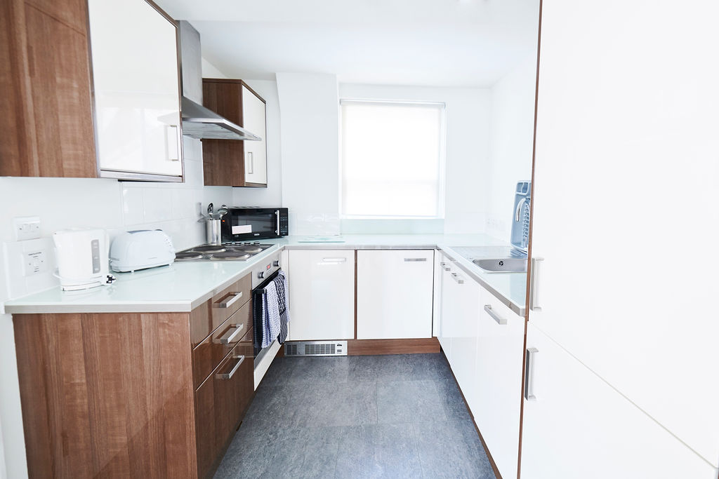 Serviced-Apartments-Kensington-located-right-by-the-largest-exhibition-centre-Olympia!Perfect-for-business-and-leisure-travelers.-Weekly-Housekeeping-&-More