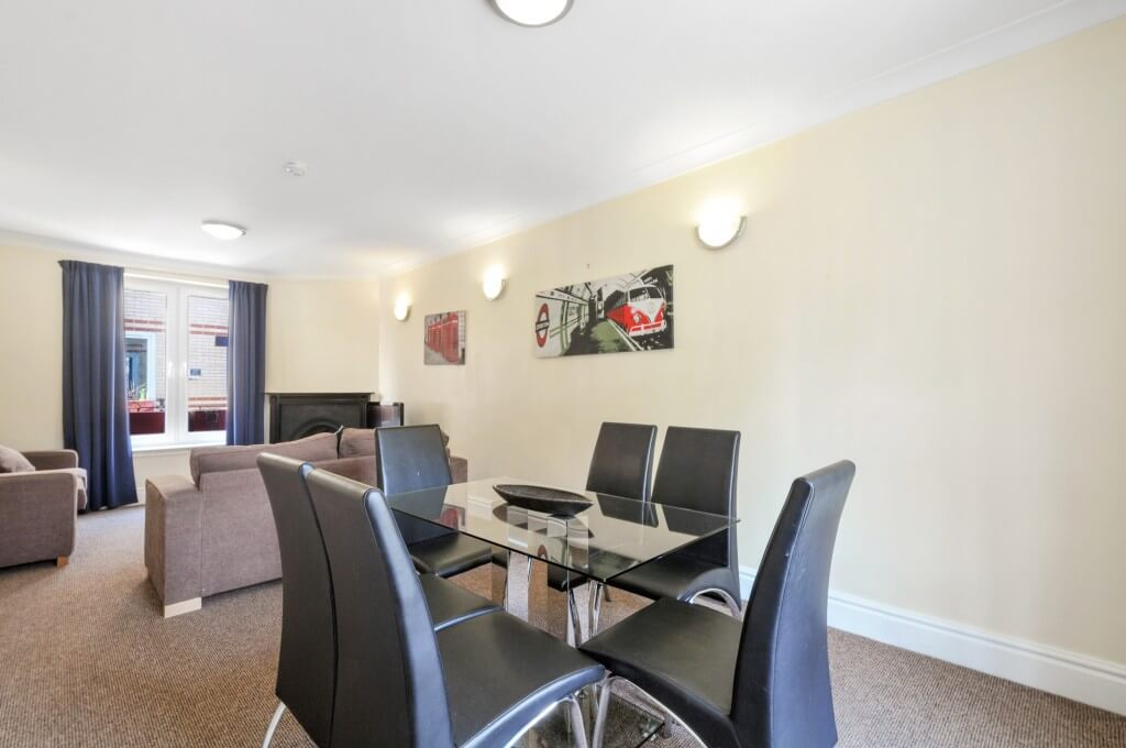 Book-Short-Let-Apartments-Maida-Vale--Modern-4-bedroom-Townhouse-Apartments-for-up-to-8-guests!-Housekeeping,-Wi-fi-&-a-5-minutes'-walk-to-the-station!
