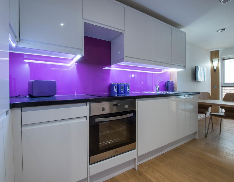 Corporate-Accommodation-in-Aberdeen-in-the-Grampian-region-with-free-WiFi-Urban-Stay-10