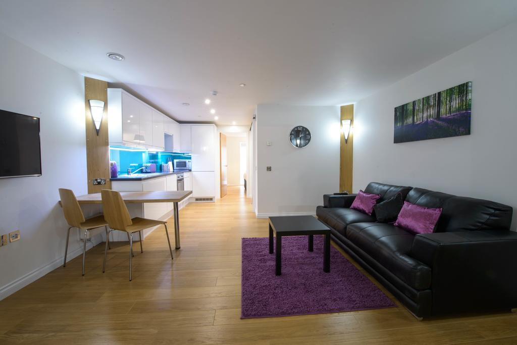 Corporate-Accommodation-in-Aberdeen-in-the-Grampian-region-with-free-WiFi-Urban-Stay-14