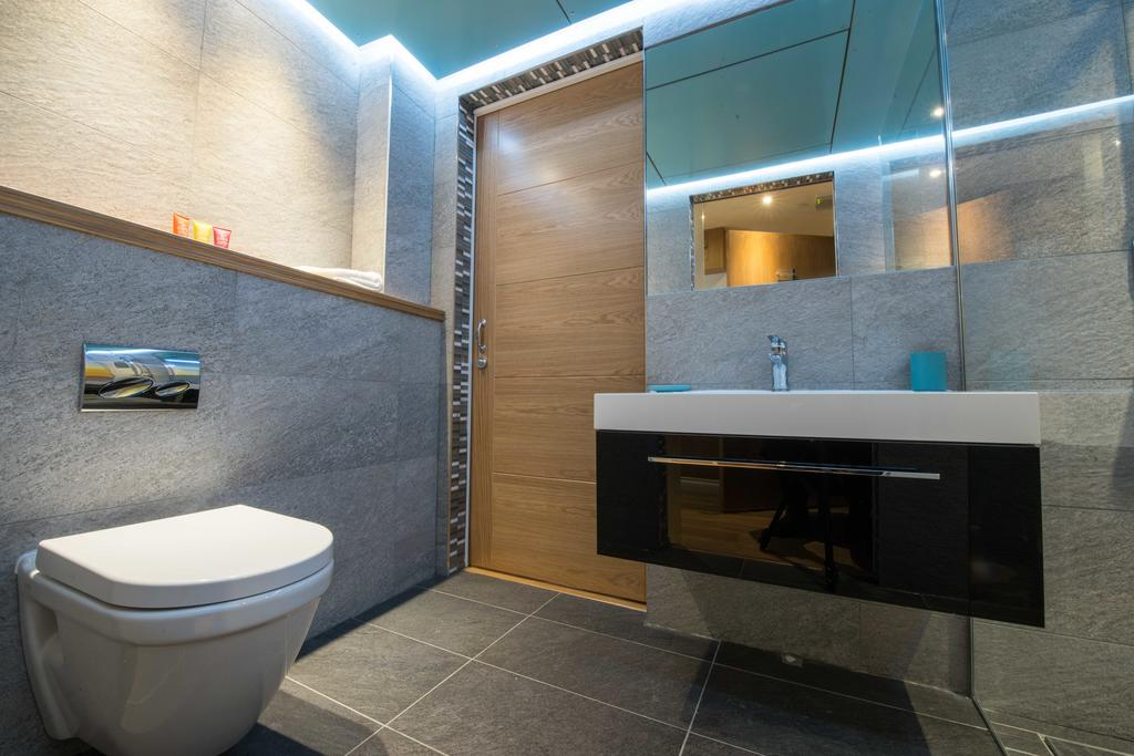 Corporate-Accommodation-in-Aberdeen-in-the-Grampian-region-with-free-WiFi-Urban-Stay-17