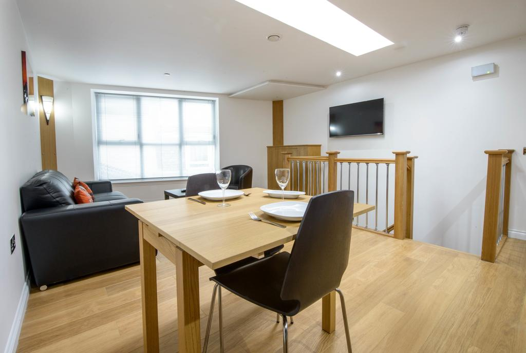 Corporate-Accommodation-in-Aberdeen-in-the-Grampian-region-with-free-WiFi-Urban-Stay-20