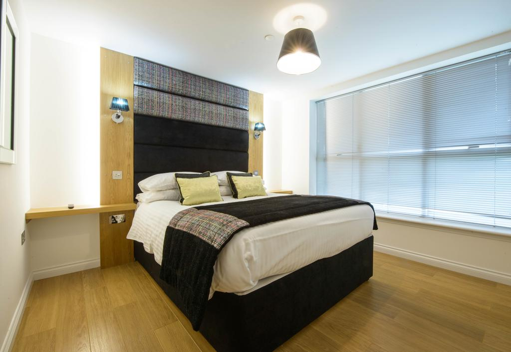 Corporate-Accommodation-in-Aberdeen-in-the-Grampian-region-with-free-WiFi-Urban-Stay-5