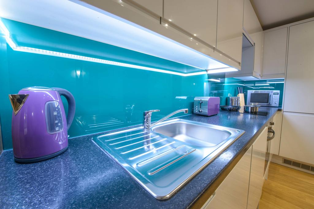 Corporate-Accommodation-in-Aberdeen-in-the-Grampian-region-with-free-WiFi-Urban-Stay-9