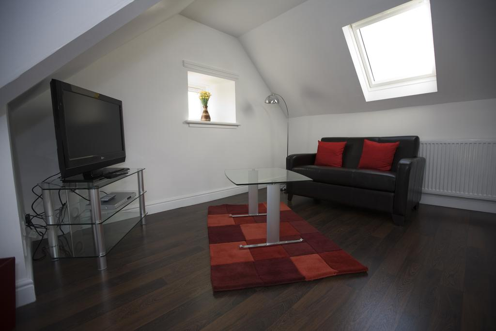 Aberdeen Serviced Apartments - The Lodge Apartments Near Aberdeen City Centre - Urban Stay 6