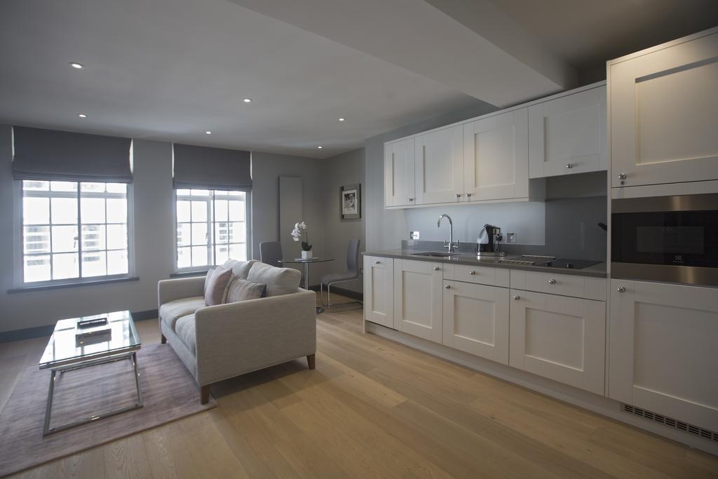 Birmingham-Accommodation---8-Waterloo-Street-Serviced-Apartment-Near-Birmingham-Town-Hall---Urban-Stay-11