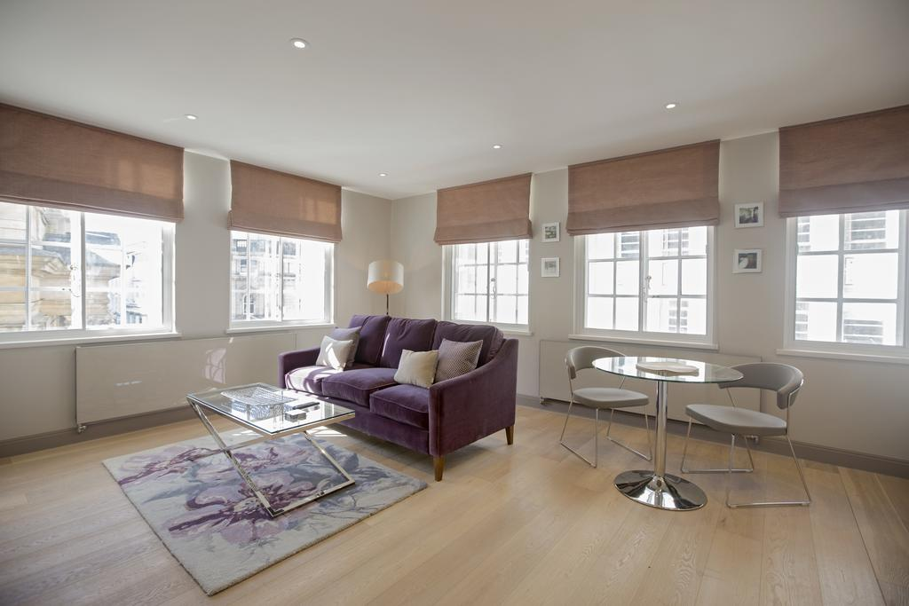 Birmingham-Accommodation---8-Waterloo-Street-Serviced-Apartment-Near-Birmingham-Town-Hall---Urban-Stay-14