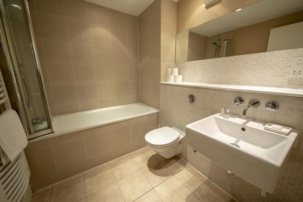 Bristol-Apartment-Self-catering-accommodation-in-Bristol---Urban-stay-3