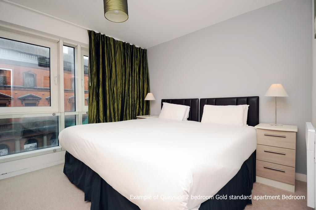 Serviced-Accommodation-Cardiff-Wales---Quayside-Bay-Apartments---Near-Millennium-Centre,-Mermaid-Quay-&-National-Opera-|-Urban-Stay