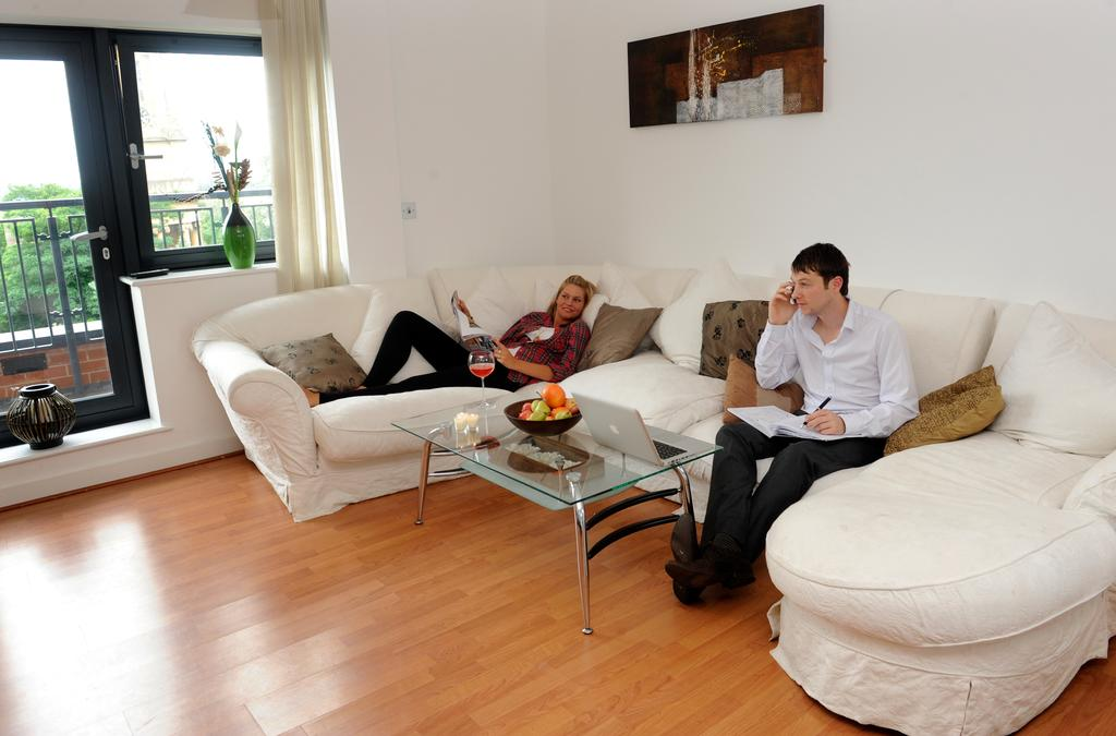 Serviced-Apartments-in-Birmingham--Comfort-Zone-Apartments-near-Birmingham-City-Centre---Urban-Stay-14