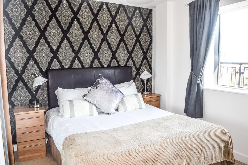 Serviced-Apartments-in-Birmingham--Comfort-Zone-Apartments-near-Birmingham-City-Centre---Urban-Stay-6