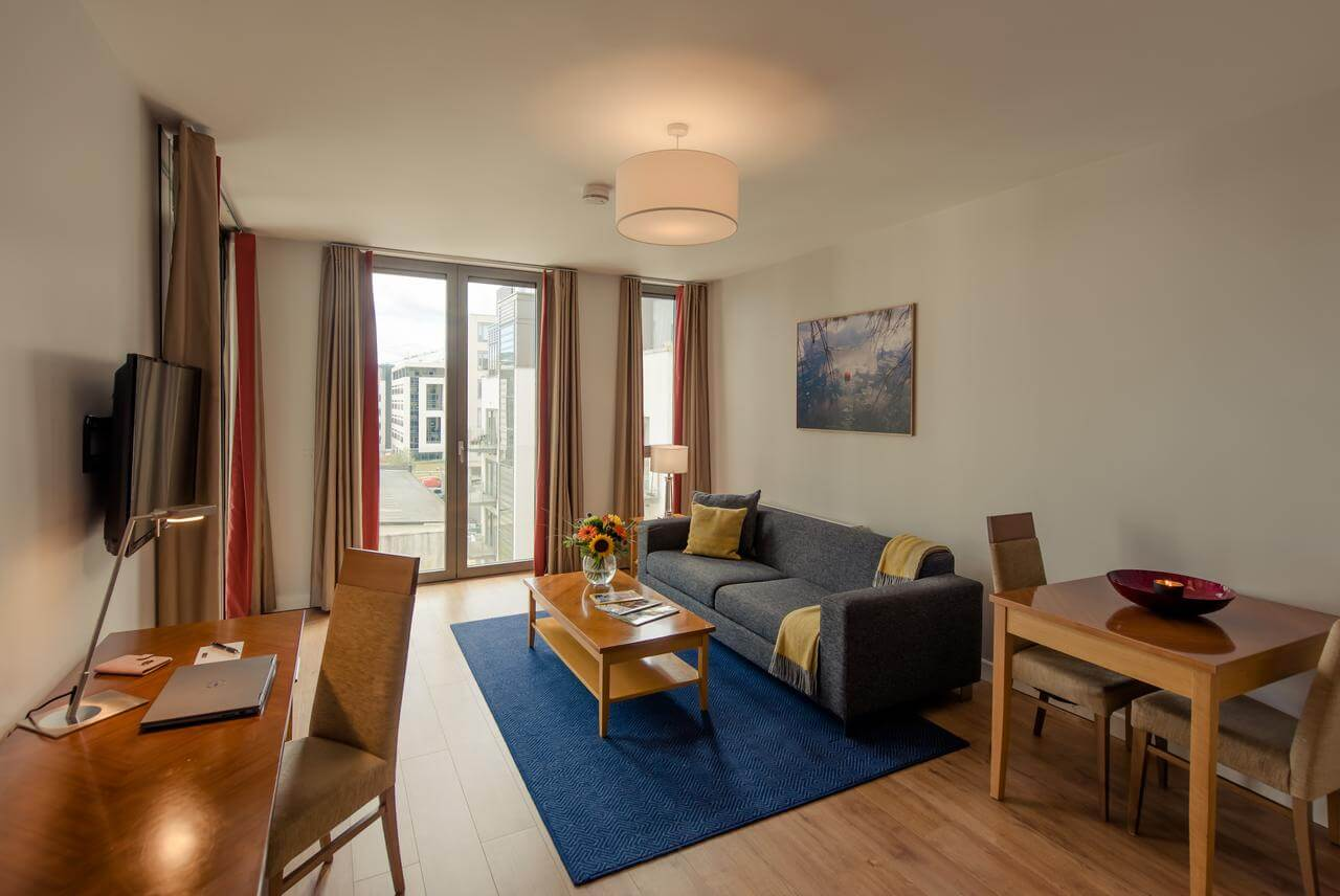 Short-Let-Accommodation-Dublin---Sandyford-Serviced-Apartments-Ireland---Cheap-Corporate-Accommodation-with-Parking,-Reception-and-wifi-|-Urban-Stay