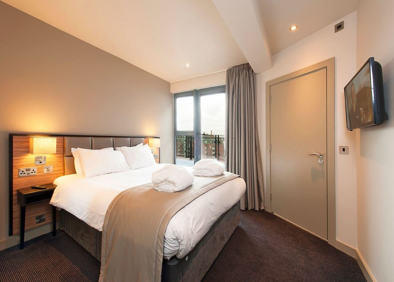 Luxury-Accommodation-Manchester-available-now!-Book-Serviced-Apartments-near-Manchester-Piccadilly,-Chinatown-&-The-Northern-Quarter-Today---30%-OFF!!