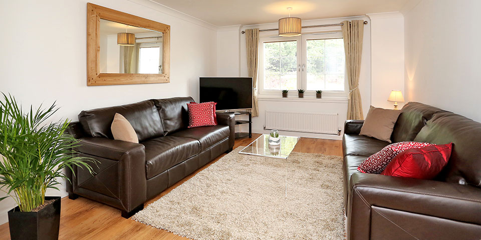 Aberdeen-Cheap-Apartments---Mackie-Place-Apartments-Near-Cairngorms-National-Park---Urban-Stay-1